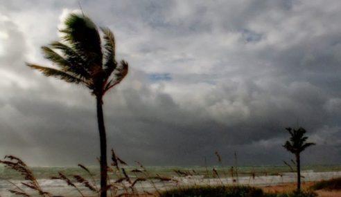 Amaran Angin Kencang Mulai Hari Ini Hingga Rabu