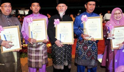Bekas KPN Selangor Terima Anugerah Maulidur Rasul