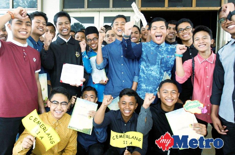 Seramai 21 Pelajar SMAIS Cemerlang PT3