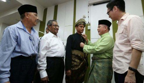 Harap FIFA Benar Faiz Pakai Pakaian Tradisional Melayu