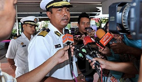 Ombak Besar, Guru Naik Kapal Ke Pulau Perhentian