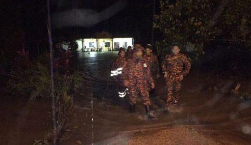 152 Mangsa Banjir Di Pusat Pemindahan Di Sabak Bernam