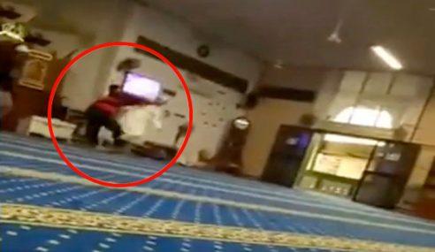 Amuk Dalam Masjid, Remaja Pukul Lelaki Tengah Solat