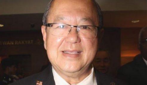 Ahli Parlimen Kota Melaka, 3 ADUN Keluar DAP