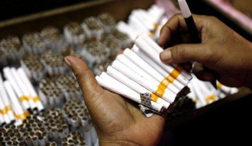 Polis Tahan 2 Lelaki, Rampas Pelbagai Jenis Rokok