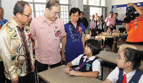 Kerajaan Peruntuk RM565 Juta Bantu SJKC Sejak 2009