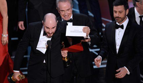 Memalukan… Bila Penyampai Oscar Silap Umum Pemenang