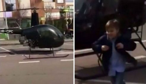 Budak Naik Helikopter Selepas Terlewat Ke Sekolah