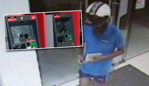 Habis Pecah Mesin ATM Ditumbuk Lelaki Ini