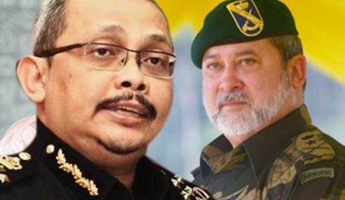 Ketua Pesuruhjaya SPRM Menghadap Sultan Johor