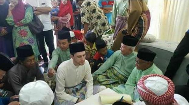 Mat Dan Kahwin Gadis Terengganu