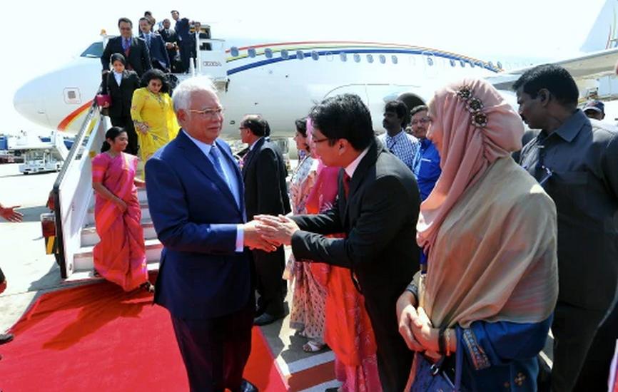 Pemangku Gabenor, Ketua Menteri Kunjungi Najib