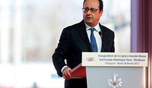 Terlepas Tembakan Ketika Presiden Perancis Berucap