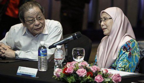 Ketua Pembangkang: Tukar Wan Azizah Dengan Kit Siang