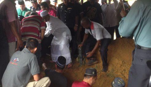 Jenazah Ketua Polis Kelantan Selamat Dikebumikan