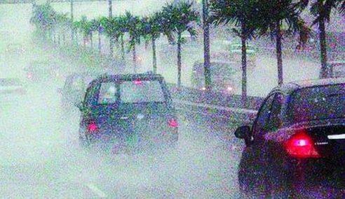 Hujan, Ribut Petir Sebelah Petang Di Kebanyakan Negeri
