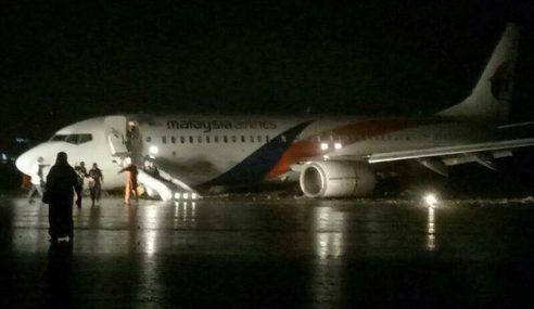 Pesawat Malaysia Airlines Tergelincir Semasa Mendarat