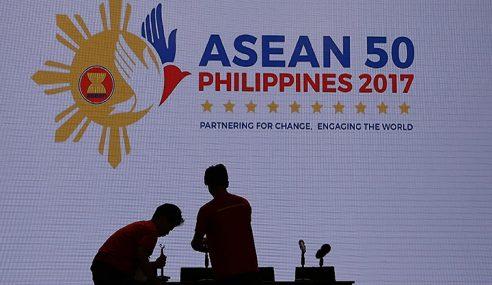 Sidang Kemuncak ASEAN Ke-30 Bermula