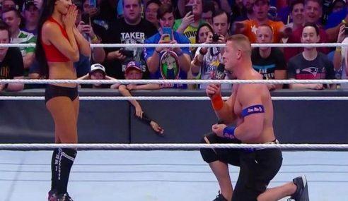 John Cena Lamar Kekasih Di Gelanggang WWE