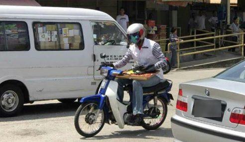 Selamba Lari Barang Kemas Dalam Bakul Motosikal
