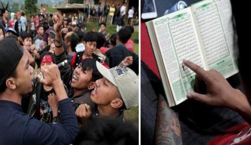 Kumpulan Punk Muslim Berdakwah Di Konsert