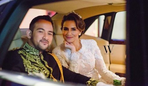 Wow! Sharnaaz Bak 'Prince Charming' Di Singgahsana