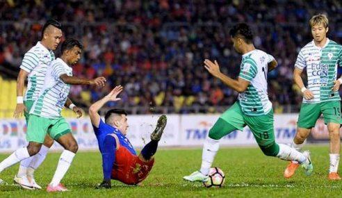 Melaka United Ikat JDT, Kelantan Benam Pahang