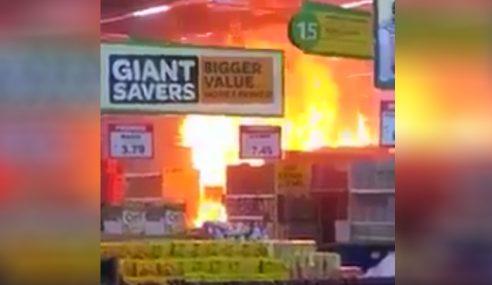 Api Marak Dalam Giant… Pelanggan Jadi Cemas!