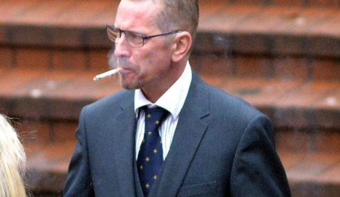 Lelaki Dipenjara 9 Tahun, Merokok Dalam Pesawat