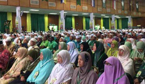 Dewan Muslimat PAS 'Low Profile', Bekerja Demi Rakyat