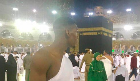 Paul Pogba Sambut Ramadhan Di Makkah