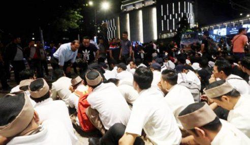 Imigresen Jawab Dakwaan Restoran KyoChon