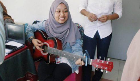 Cover Lagu 'Despacito', Gadis Ini Dipuji Peminat Asing