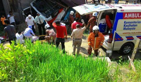 3 Pelajar Tahfiz Kemalangan Di Kuala Krai Semakin Stabil
