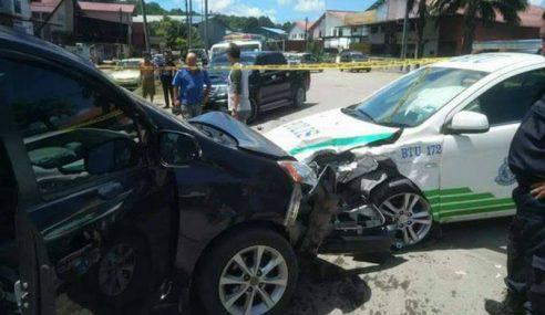 Pelajar Sekolah Rempuh Kereta Polis Ditahan