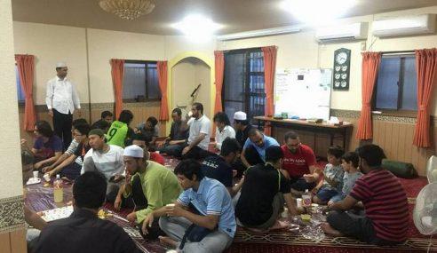 Ramadan Uji Iman Rakyat Malaysia Di Poland
