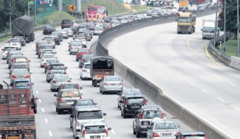 Aliran Trafik Masih Perlahan Di Lebuh Raya Utama
