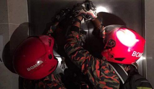 Lelaki Trauma Terperangkap 40 Minit Dalam Lif