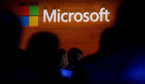 Microsoft Umum Kurangkan Pekerjaan