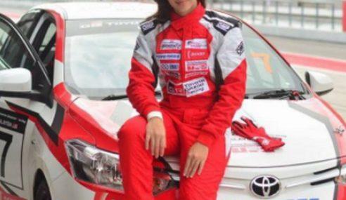 Diana Danielle Mahu Bergelar Pelumba Kereta Profesional