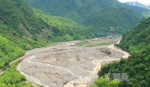 26 Korban Tanah Runtuh Di Vietnam