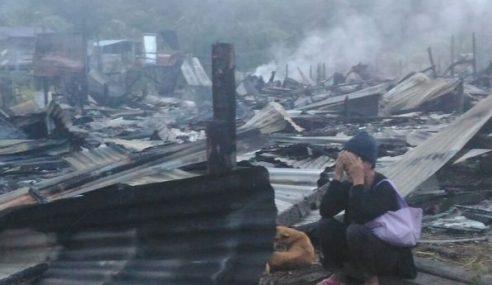 Mangsa Kebakaran Terima RM25,000 Baik Pulih Rumah
