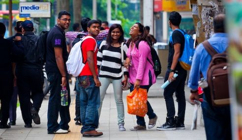 India Tawar Biasiswa Kepada Pelajar Malaysia