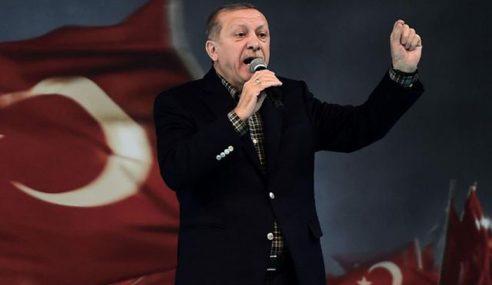 Turki Perkenal Pakaian Seragam Suspek