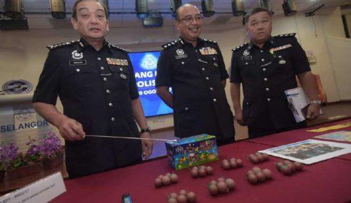 Pelajar Bakar Mercun Di Stadium Shah Alam Ditahan