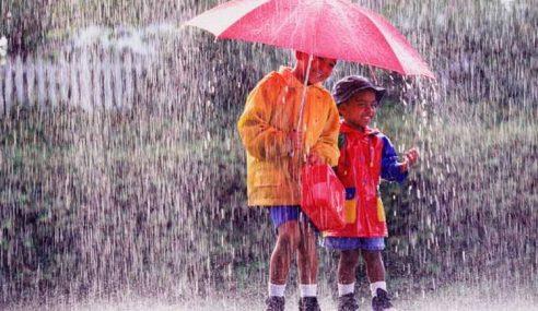Jangan Main Hujan, Nanti Demam! Betul Ke?