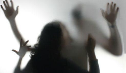 Lelaki Didakwa Rogol Cucu Tiri Bunuh Diri