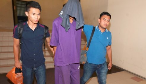 Pelajar IPT Didakwa Culik, Lakukan Seksual Fizikal