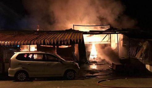 Suami Isteri Melecur Dalam Kebakaran Di Baling