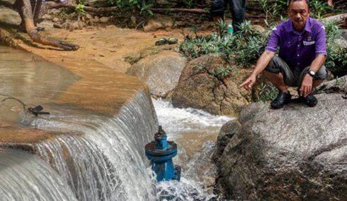 Penduduk Guna Air Tandak Berlumpur Sejak 20 Tahun